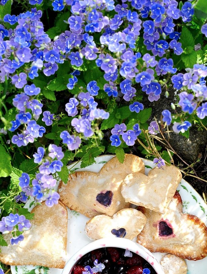 Blueberry Hand Pies with Lemon Glaze (Vegan)