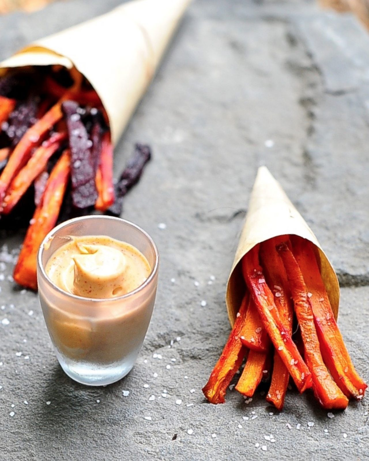 Healthy Carrot Fries with Chipotle Aioli (Vegan, Gluten Free)