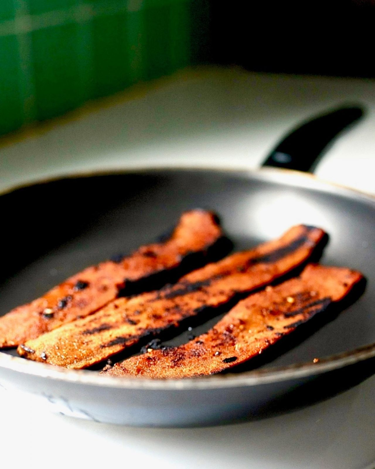 How to Make Smokey Maple Seitan Bacon (Vegan)